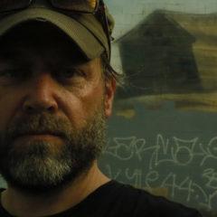 Dan Seagrave: Štetce, plátna a death metal